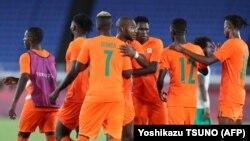 Timu ya taifa ya Ivory coast katika uwanja wa kimataifa wa Yokohama July 22, 2021. (Picha na Yoshikazu TSUNO / AFP)