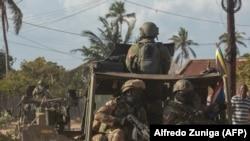 Uma caravana militar das Forças de Defesa da África do Sul patrulha Pemba. 5 de Agosto 2021