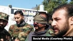 پاکستان کے زیر انتظام کشمیر سے پاکستان فوج کے اہلکاروں نے بھارتی پائلٹ کو حراست میں لیا تھا۔