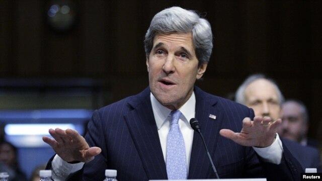 Calon Menteri Luar Negeri Amerika, Senator John Kerry dalam sidang di Capitol Hill, Washington, 24 Januari 2013. (REUTERS/Jonathan Ernst).