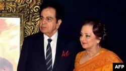 دلیپ کمار اور سائرہ بانو کی شادی 1966 میں ہوئی تھی۔ (فائل فوٹو)