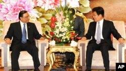 صدر زرداری شن جیانگ کے رہنما کے ساتھ