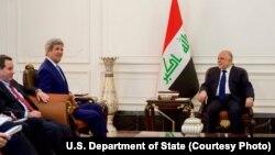 ကန္၀န္ႀကီးကယ္ရီနဲ႔ အီရတ္၀န္ႀကီးခ်ဳပ္ Haider al-Abadi ေတြ႔ဆံု။ (ဧၿပီ ၈၊ ၂၀၁၆)
