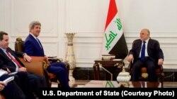 Američki državni sekretar Džon Keri i irački premijer Hajder al-Abadi