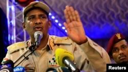 Le général Mohamed Hamdan Dagalo, chef du Conseil militaire au pouvoir au Sudan, le 18 mai, 2019.