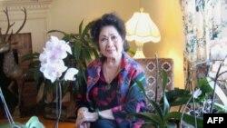 Nghệ sĩ Tâm Vấn đang thăm thân nhân tại Mỹ vào đúng dịp kỷ niệm 60 năm sự nghiệp âm nhạc của bà