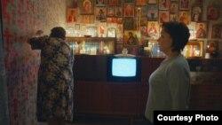Кадр из фильма «Зоология»