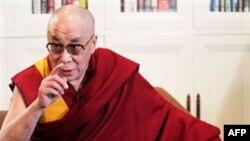 Tibetliklar diniy rahnamosi Dalay Lama