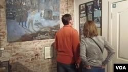 莫斯科古拉格博物館油畫講述斯大林大清洗時的處決場面(美國之音白樺)