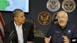 Tổng thống Obama dự buổi thuyết trình của Cơ quan liên bang đặc trách về cứu hộ khẩn cấp (FEMA) tại Washington D.C, ngày 28/10/2012