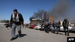 دها خبرنگار و فعال رسانه ای در خشونت های مسلحانه در افغانستان جان باخته است