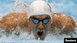 7月30日迈克尔.菲尔普斯参加200米蝶泳的比赛