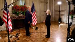 Greta Van Susteren, une collaboratrice de VOA, s'entretient avec le président Donald Trump, le 1er décembre 2018.
