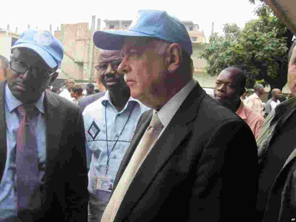 Roger Meece represenant du Secretaire General de l'ONU en RDC Kinshasa 28 Novembre 2011 NICOLAS PINAULT VOA