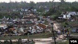 Negara bagian Alabama merupakan wilayah AS yang paling parah diterjang oleh badai hari Rabu (27/4).