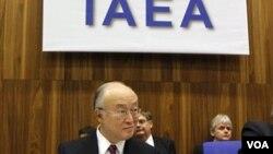 Ketua IAEA, Yukiya Amano mempertanyakan tujuan program nuklir Iran dalam pertemuan dengan dewan pembina IAEA hari Kamis (29/11), di Wina, Austria.