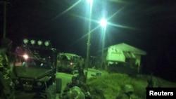 Một cuộc hành quân của các lực lượng Kenya tại địa điểm không được tiết lộ ở Somalia (hình do Bộ Quốc phòng Kenya cung cấp, và không ghi ngày)