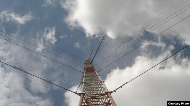 One of LTWP's wind data masts measures wind at the site near Lake Turkana [Photo: LTWP]