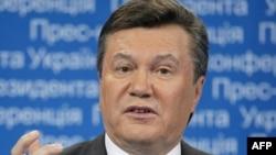 Президент Янукович під час прес-конференції