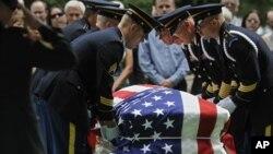 Liputan pemakaman secara online berkembang lambat di AS karena terkait etika dan juga privasi keluarga yang ditimpa musibah (foto: ilustrasi).