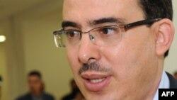Taoufiq Bouachrine arrive au tribunal à Casablanca, le 23 octobre 2009.