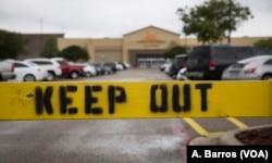 Una antigua tienda de Walmart, Casa Padre es un centro de acogida financiado con fondos federales en Brownsville, Texas, que alberga a más de 1.400 niños migrantes no acompañados, algunos de ellos separados por la fuerza de sus familias.