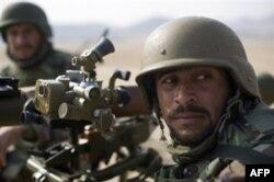 Afg'on xavfsizlik kuchlari ancha oyoqqa turib oldi, deydi amerikalik murabbiylar