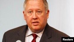 El consejero del Departamento de Estado, Thomas Shannon, se reunirá con autoridades haitianas.