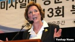 수전 숄티 디펜스포럼 대표가 지난 4월 한국 국회 헌정기념관에서 열린 제13회 북한자유주간 개막식에서 축사를 하고 있다. (자료사진)