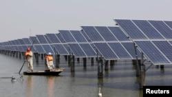 Trung Quốc, nhà sản xuất pin mặt trời lớn trên TG, sẽ bị ảnh hưởng khi Mỹ tăng thuế