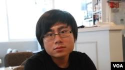 香港專上學生聯會秘書長李成康 美國之音湯惠芸拍攝