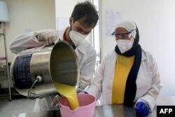 گدھی کے ایک لیٹر دودھ کے ذریعے 30 صابن تیار کیے جاتے ہیں۔