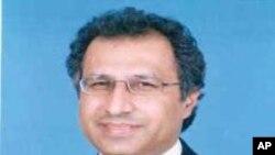 وزیرِ مالیات عبد الحفیظ شیخ