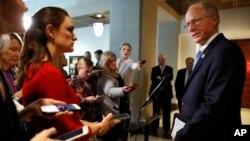 El representante Mike Conaway, R-Texas, anunció el proyecto de reporte que concluye que no hubo colusión entre la campaña de Donald Trump y el Kremlin.