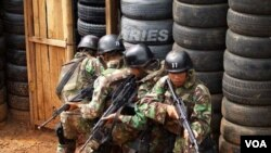 Kepala Pusat Penerangan TNI, Marsekal Muda Sagom Tamboen tidak benar adanya keterlibatan Kopassus dalam pembunuhan delapan aktivis.