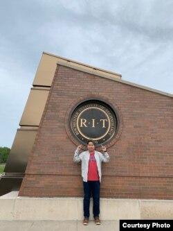 Cristophorus Budidharma, lulusan RIT/NTID, New York (dok: Cristophorus Budidharma)