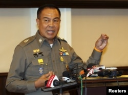 Thai national police Chief Somyot Pumpanmuang speaks during a news conference at the Royal Thai Police headquarters in central Bangkok, Aug. 20, 2015.