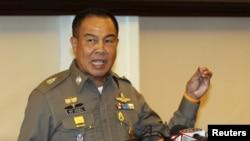 Kepala kepolisian Thailand Somyot Pumpanmuang dalam konferensi pers di markas besar Polisi Kerajaan Thailand di pusat kota Bangkok (20/8).