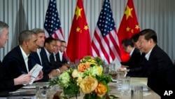 奥巴马总统和习近平主席6月7日在阳光之乡庄园会晤