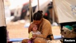 Kamp darurat pengungsi etnis Yazidi di Gunung Sinjar, Irak utara.