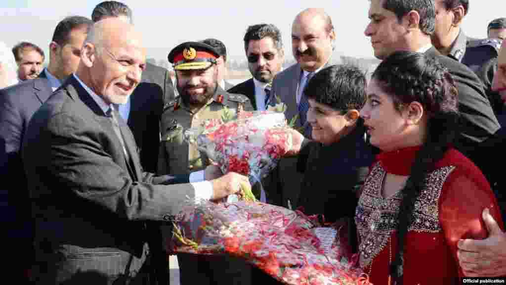افغانستان کے صدر اشرف غنی منصب سنبھالنے کے بعد پاکستان کے اپنے پہلے دورے پر جمعہ کو اسلام آباد پہنچے تھے۔