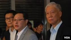 香港和平佔中三位發起人(左起)陳健民、戴耀廷、朱耀明,首次與香港政務司司長林鄭月娥會面,討論政改及佔中全民投票結果 (湯惠芸攝)