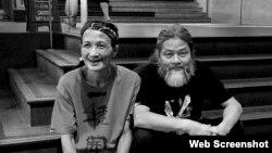 中國廣州詩人吳明良(筆名:浪子,左)和獨立中文作家筆會創會人之一孟浪 (互聯網圖片)