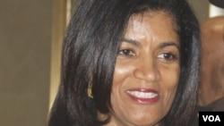 Lígia Fonseca, advogada e primeira-dama de Cabo Verde de visita à Voz da América, em Agosto de 2014. Washington DC.