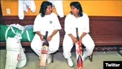 شرمین خان اور ان کی بہن شائزہ خان