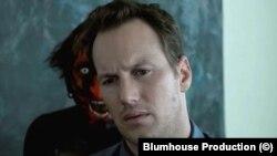 Джампскейр, хорошо известный фанатам хоррора, - сцена из «Астрала»