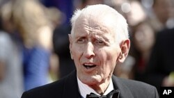 Dr. Jack Kevorkian arrives at the 62nd Primetime Emmy Awards in Los Angeles, August 29, 2010 (file photo).