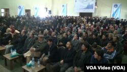 د افغان ترک ښوونځیو د زده کوونکو کورنیو نن په یوه غونډه کې د دغو ښوونځیو د زده کړو د بهیر څخه کلک ملاتړ څرګند کړ.