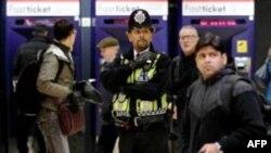 An ninh được tăng cường tại các trung tâm giao thông ở Anh