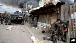 菲律賓政府軍攻擊三寶顏的反政府武裝分子